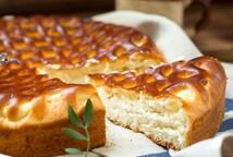 Домашний пирог с творогом и персиком (450 гр.)